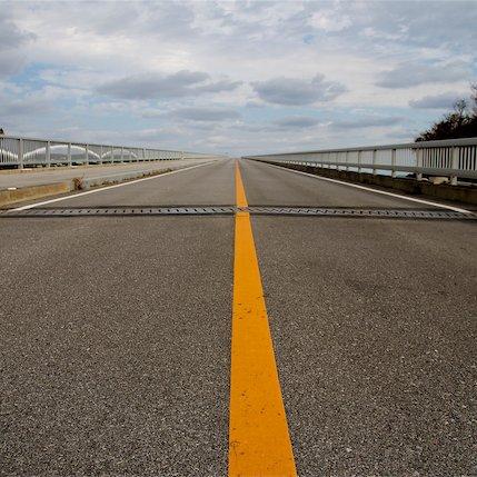 The longest non-toll bridge in Japan.